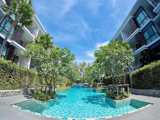 Beachfront Condo Phuket cozy living in Rawai Beach