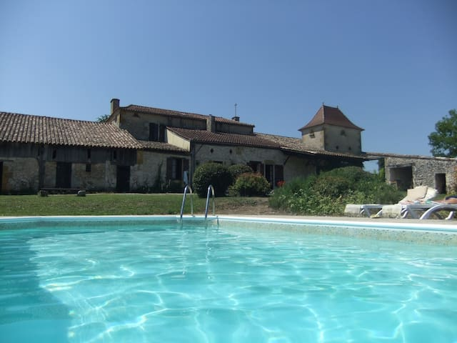Country house with private pool 8+ - Tourliac