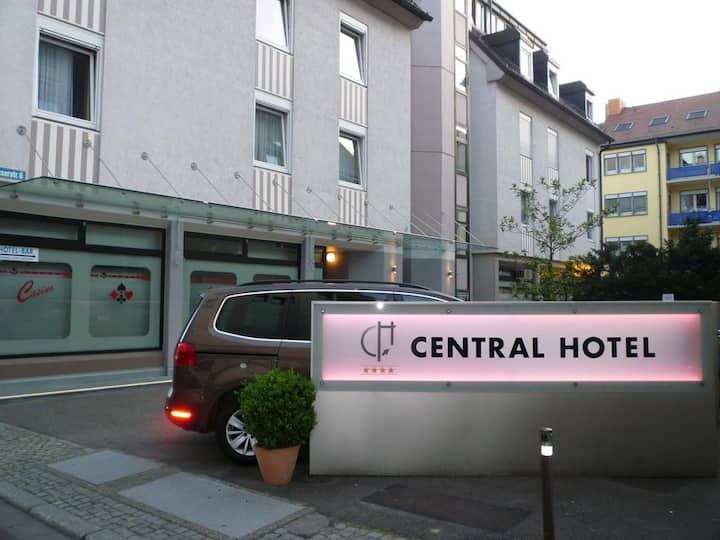 Central Hotel, (Freiburg im Breisgau), Economy Einzelzimmer mit Dusche und WC