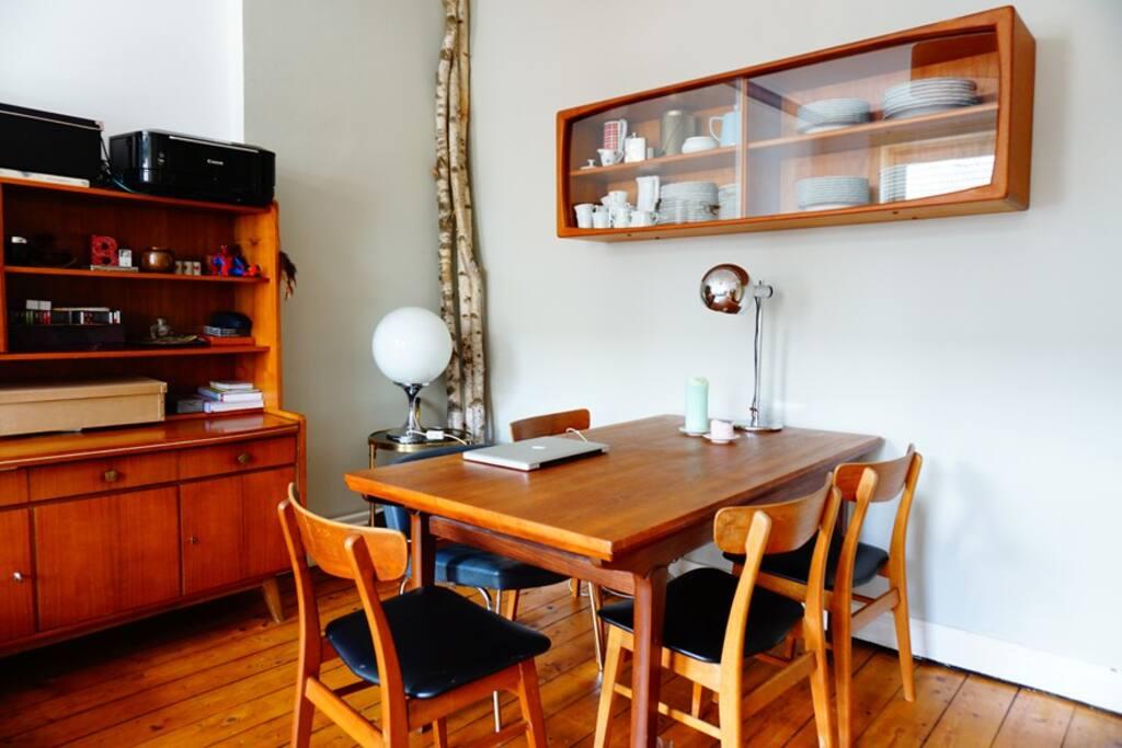 Wohnzimmer - der Essbereich