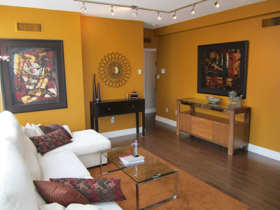 downtown celebrity suite apartments for rent in toronto ontario