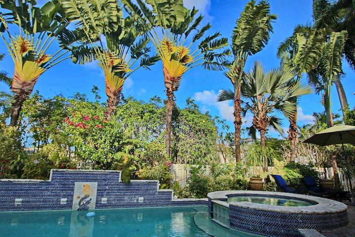 AMAZING POOL VILLA 3 MIN FROM BEACH - Miami Beach - Huis