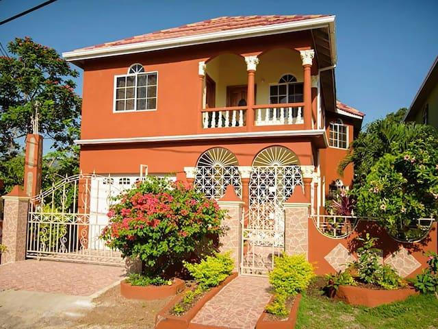 The Jewel Of Ocho Rios Villa