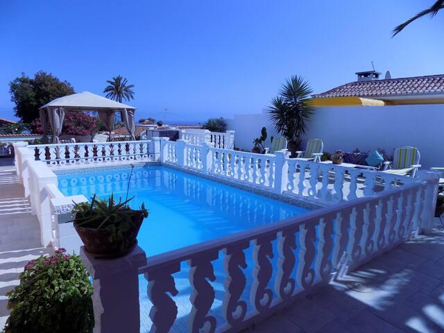 Villa con jardín y piscina (casa 1) - Los Realejos - Villa