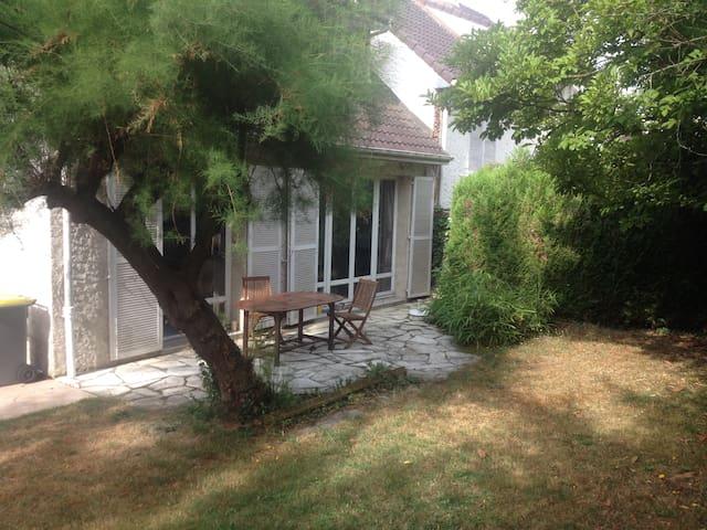 Maison en vallée de Chevreuse - Gif-sur-Yvette - House