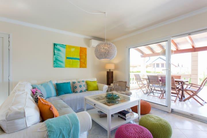 Haus zum Wohlfühlen auf Mallorca - Urbanització Montferrutx - Ház