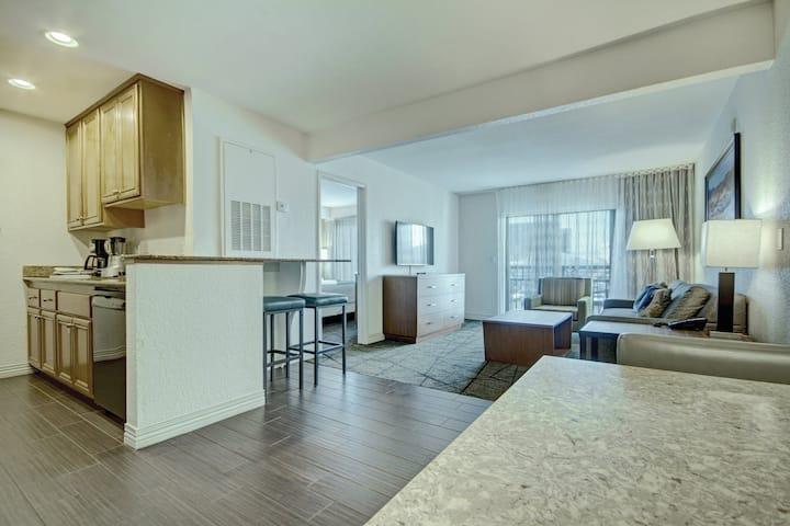 1 Bedroom Suite Near Vegas Strip (5)