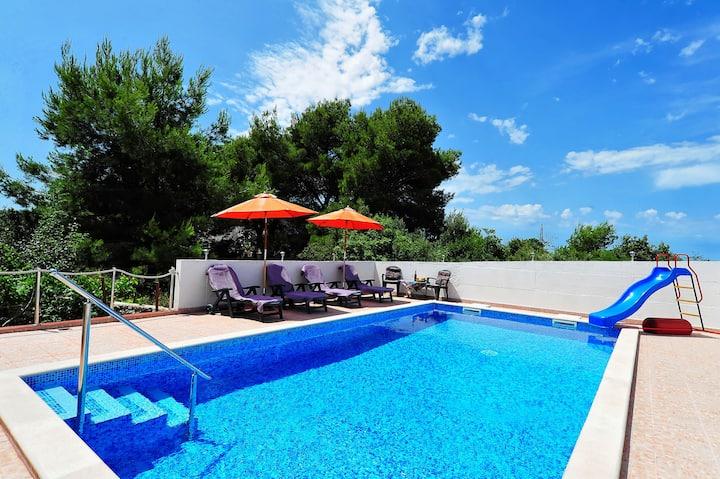 Villa VELIN Apartment 2+1