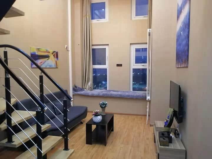 唐人中心70平精装复式公寓,临德州学院