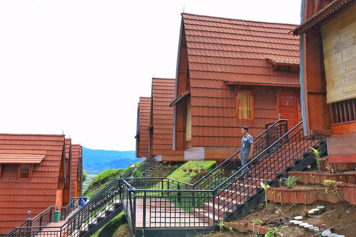 Luxury Lodge with a View of Mt Kerinci