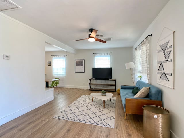 Midtown gem. Fully renovated and close to downtown