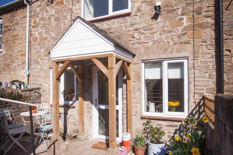 Edith's Cottage, 4 Hughes Terrace