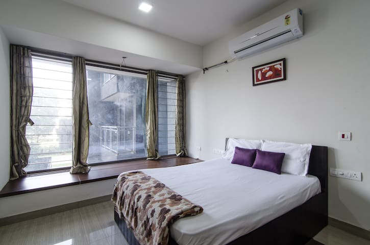 Comfortable & Spacious stay near Rcity Mall - Mumbai - Huoneisto