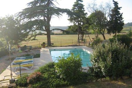 Une maison familiale de charme dans le lauragais - Montferrand