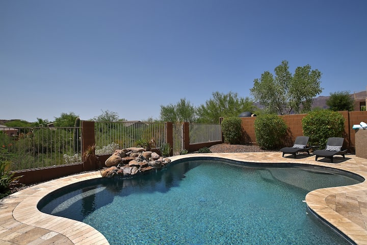 Gold Canyon Gem-4 bedrooms-all king -  pool