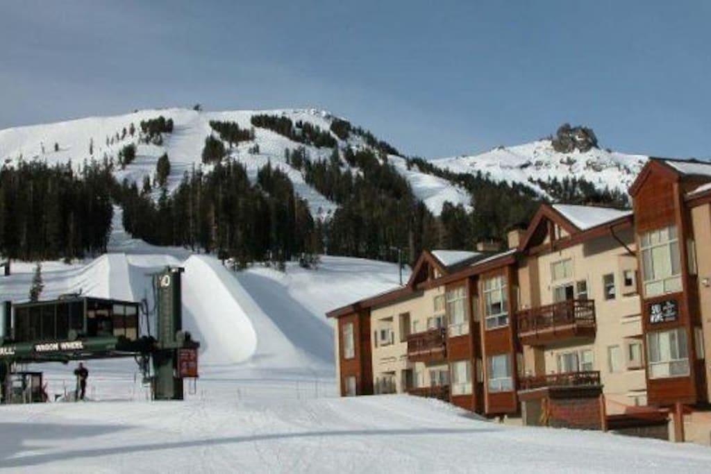 Mountain Club near ski lifts