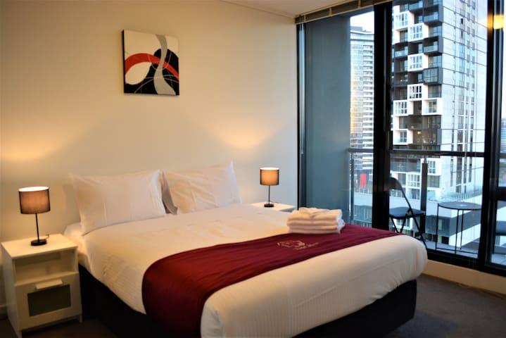 2 Bedroom Luxury Apartment near the Casino (RS146)