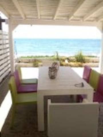 2 Bedroom House, on the beach - Meneou