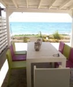 2 Bedroom House, on the beach - Meneou - House