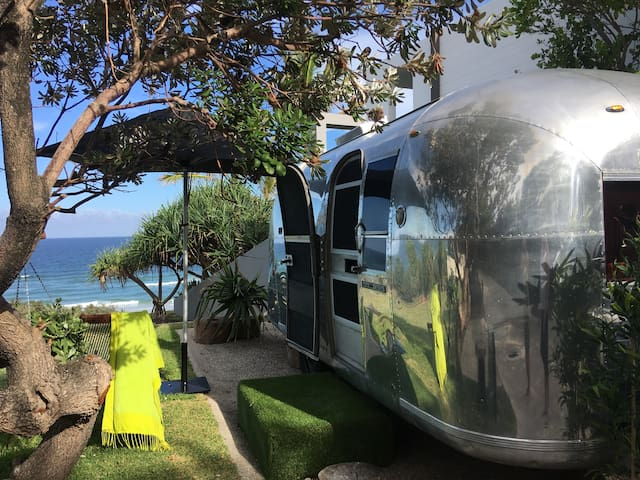 Absolute Beachfront, Unique Glamping - Sunrise Beach - Domek parterowy