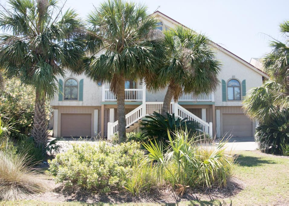 Fripp Island Golf Course Emergency South Carolina furthermore Fripp additionally 5148867 besides Plantation Houses Of South Carolina also Investment. on fripp island south carolina houses