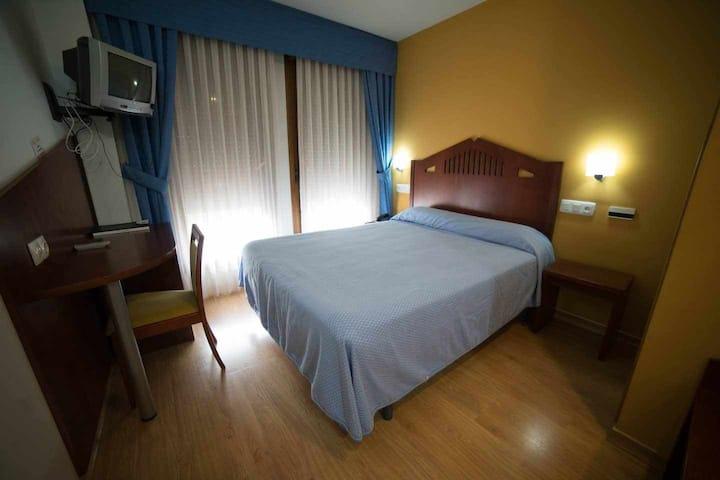hotel con vistas a la montaña asturiana