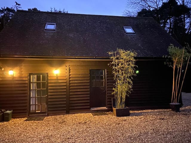 The Barn, Lower Bourne, private & self contained