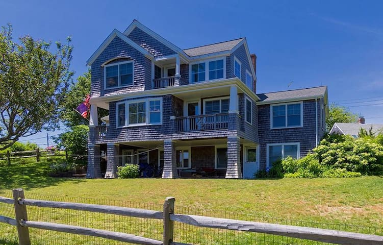 Perfect Chatham Getaway Close to Everything