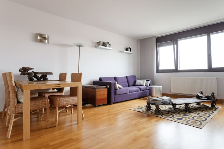 2 Bedrooms Apartment with a terrace - Pamplona - Leilighet