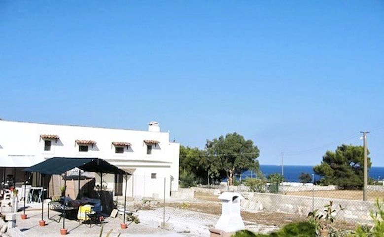 RESIDENCE TYPICAL OTRANTO 100 METERS FROM THE SEA