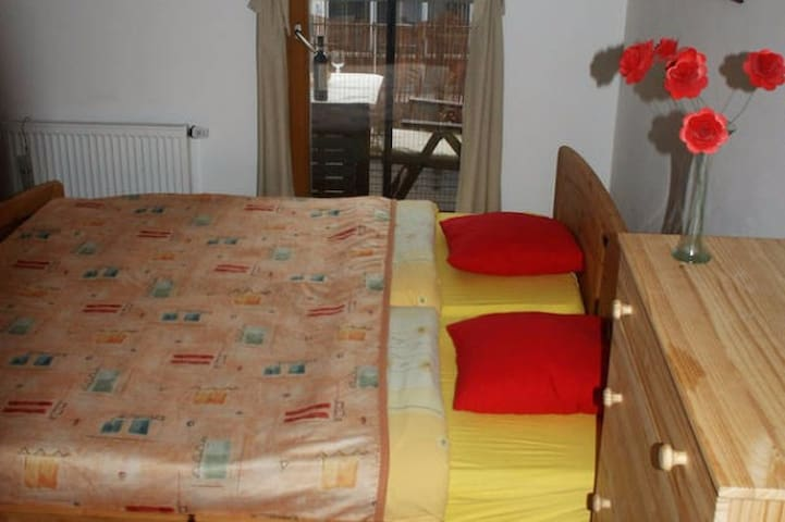 Nice room in new flat in the center of town - Písek