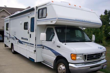 Handicap Accessible RV - Maineville - Camper/RV