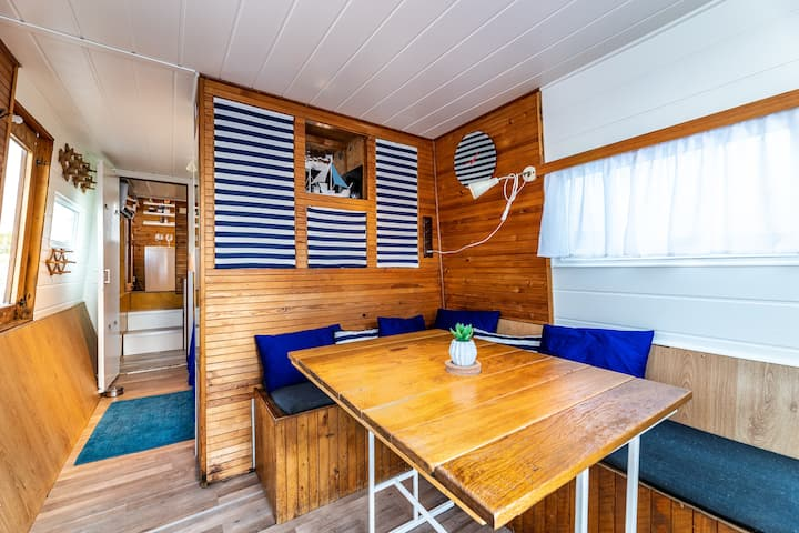 Heated,equipped Houseboat❦ Enjoy romantic winter ❦