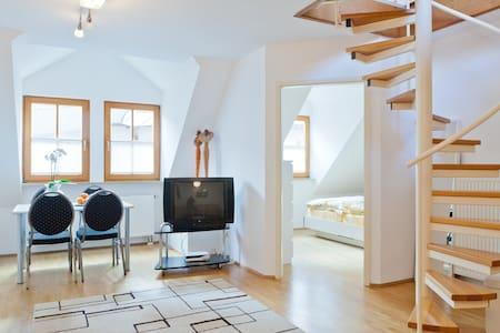 #1spacious apartement by Nuremberg - Schwaig - Byt