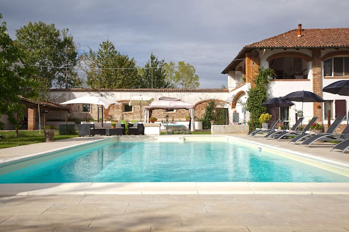 3Casa vacanze Cannella con giardino e piscina