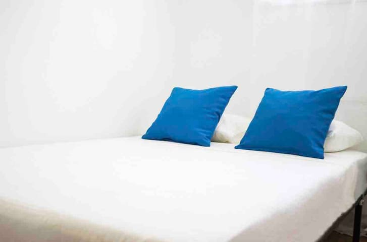 Private double room in the city center! I SE