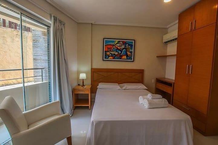 Flat 2 quartos na praia de ponta negra e café da manhã