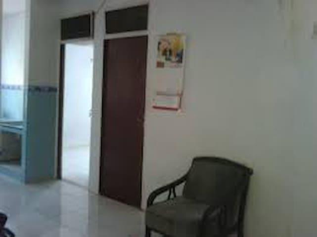 Shared Room Rumah Susun Jakarta - North Jakarta