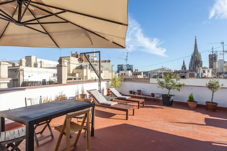 23m2 Loft plus 67m2 private terraze - Barcelone