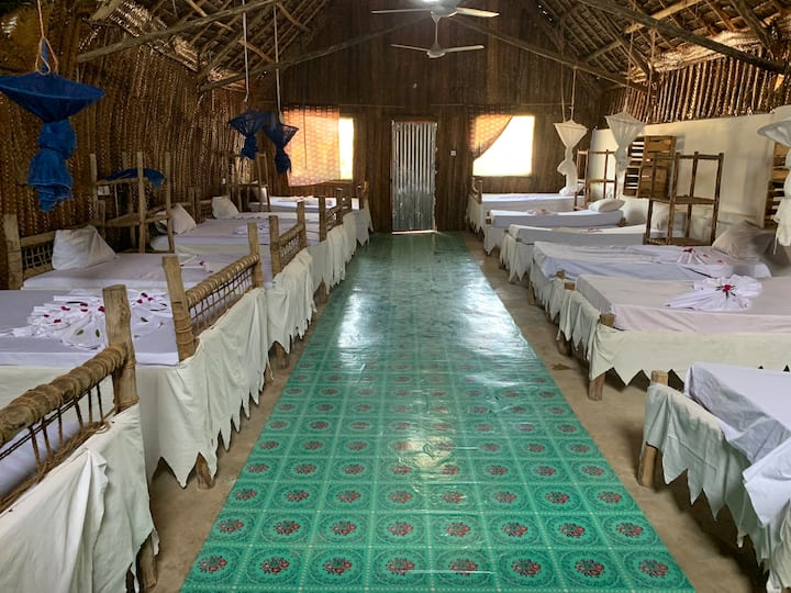 Dorm room. Jambo beach bungalow