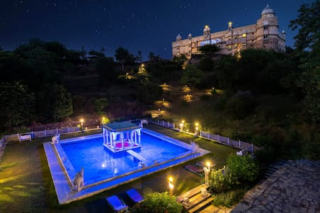 Experience Luxury at Heritage Hotel Near Udaipur