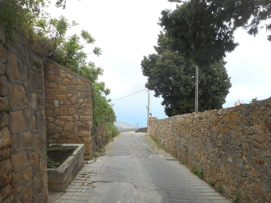 la strada alla casa