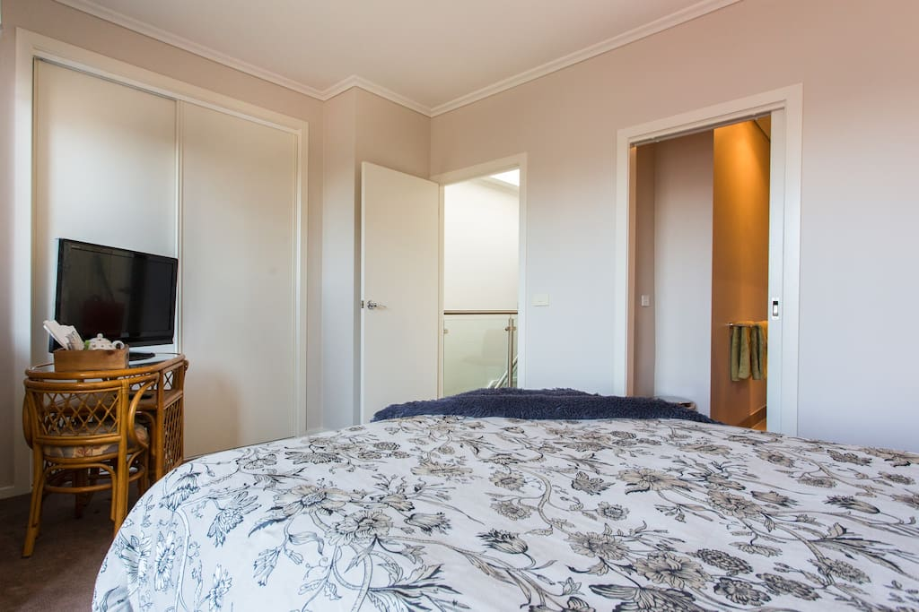 Spacious bedroom with Master en suite and balcony.