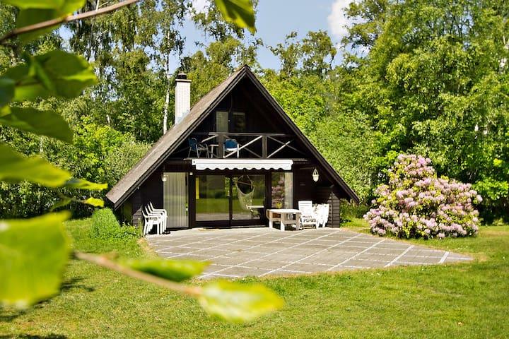 Skønt sommerhus i havnebyen Rørvig - Rørvig - Houten huisje