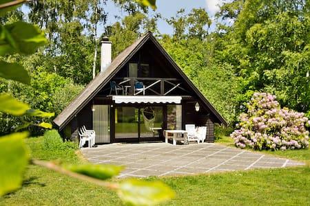 Skønt sommerhus i havnebyen Rørvig - Rørvig - Blockhütte