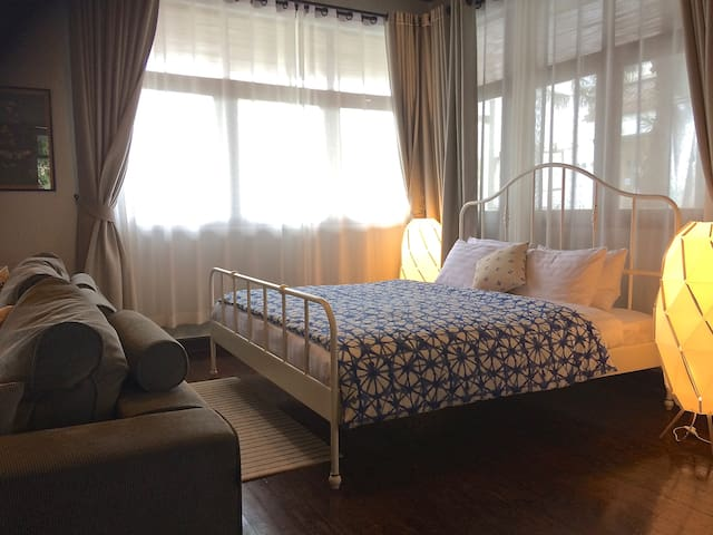 Old City Executive  Suite