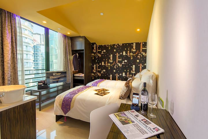 20% off DELUXE ROOM (City View)