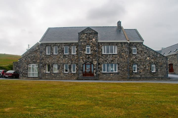 Penthouse apartment in centre of Doolin village