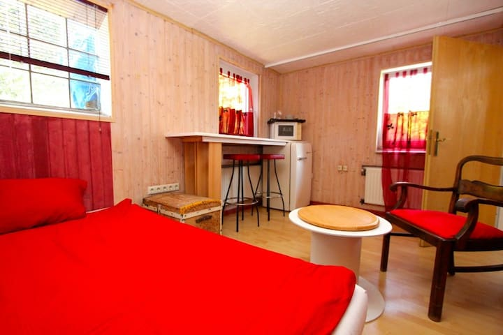 ID 4624 | Private room with bathroom wifi - Laatzen - Casa