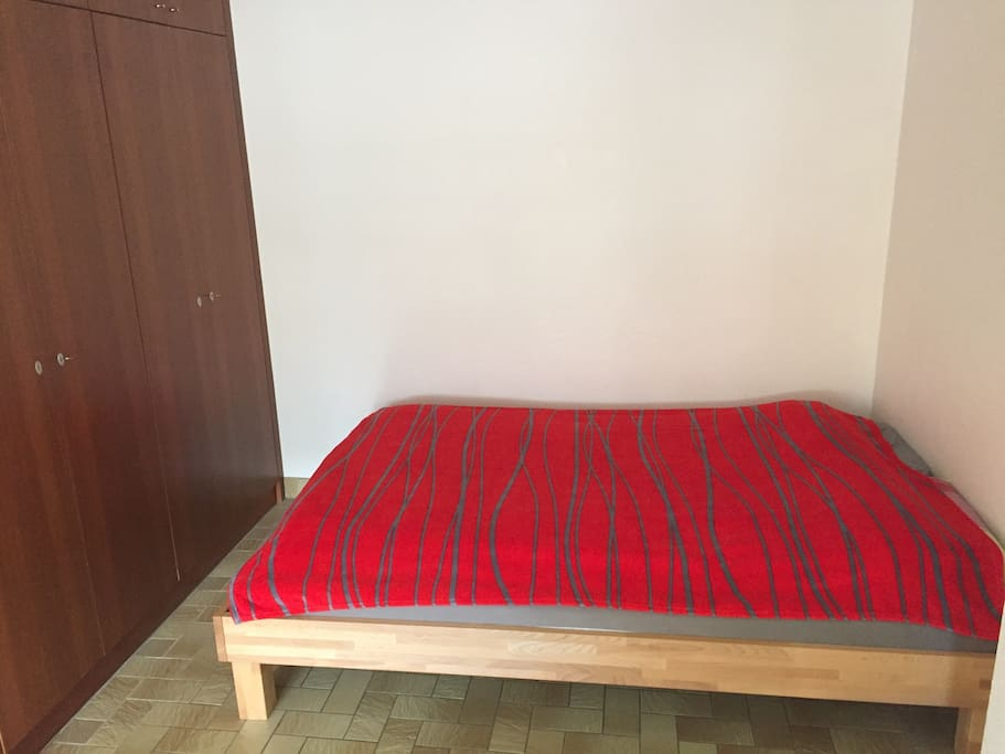 Big and Very comfortable bed ...